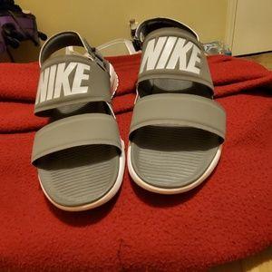 Nike Sandles